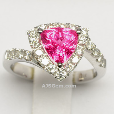 Spinel Trillion Ring