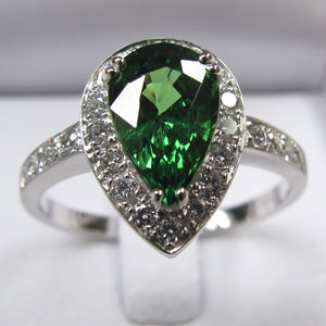 2.28 ct Tsavorite Garnet and Diamond Ring