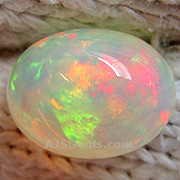 10.05 ct Precious Opal from Ethiopia