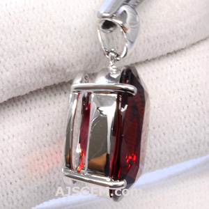 17.09 ct Malaia Garnet in 14k white gold pendant side view