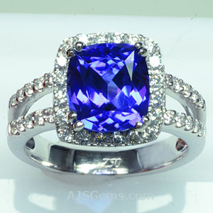 4.12 ct Tanzanite Ring